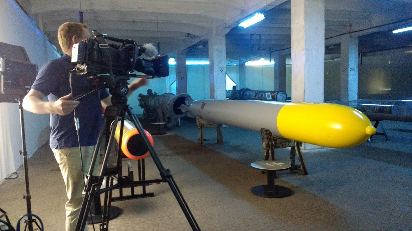 Novinari BBC-ja snimili prilog o izložbi torpeda