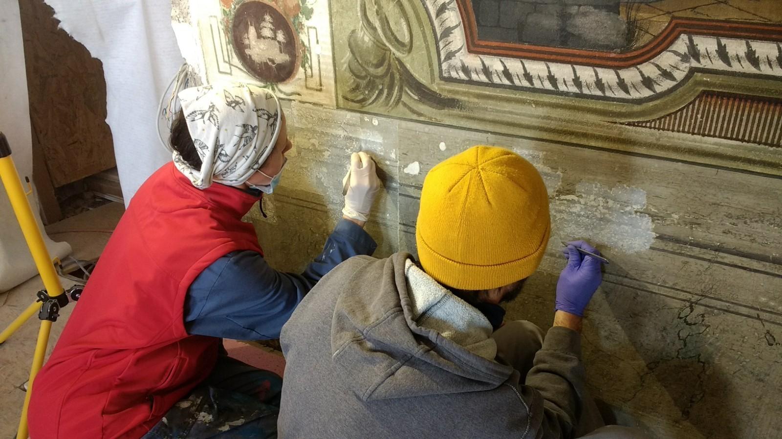 Restauratori napreduju u obnovi interijera palače